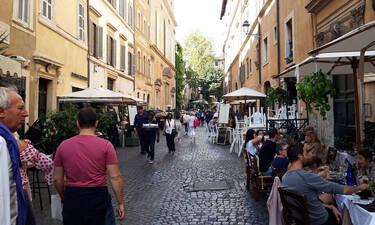 Ρώμη: η ομορφιά κρύβεται μέσα στα στενά της
