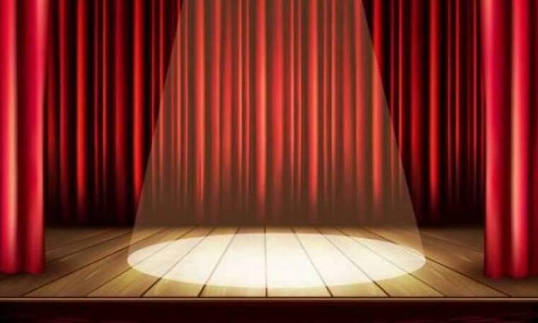 Αποκλειστικό: Τα γενέθλια γνωστού σκηνοθέτη και η τούρτα - έκπληξη στο θέατρο (video)