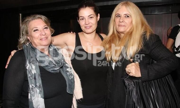 Δεν πάει ο νους σας ποιες είναι οι γυναίκες που φωτογραφίζονται με τη Μαρία Κορινθίου (photos)