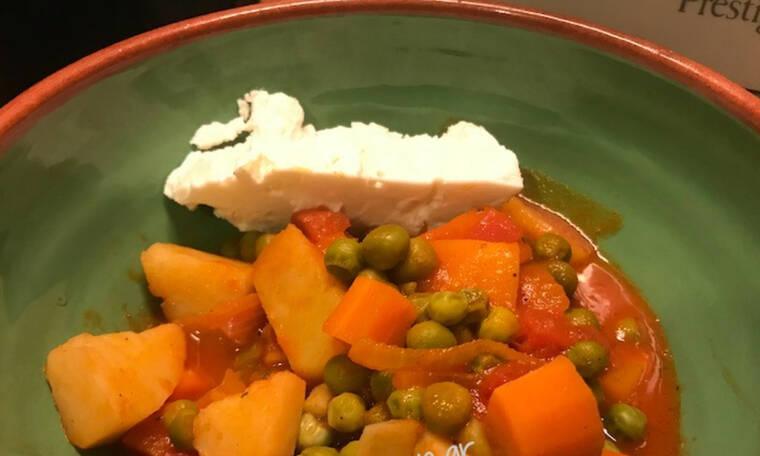 Φτιάξε αρακά κοκκινιστό γκουρμεδιάρικο ( Γράφει η Majenco αποκλειστικά στο Queen.gr)