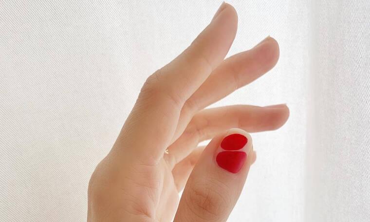 20 διαφορετικοί τρόποι για να βάψεις τα νύχια σου κόκκινα (ναι, είκοσι)