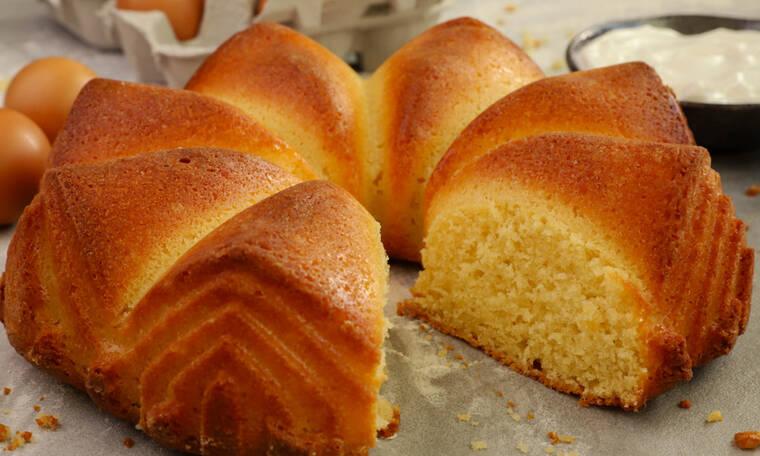 Κέικ γιαουρτιού από τον Γιώργο Τσούλη