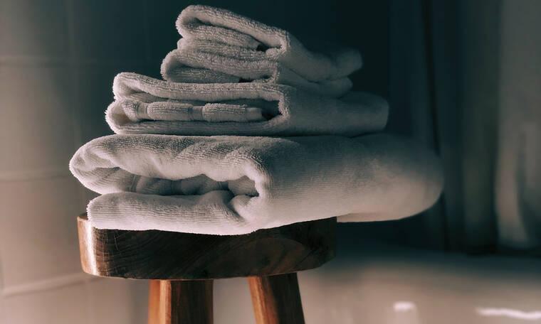 Μυρίζουν οι πετσέτες σου ενώ τις έχεις πλύνει; Δες τι μπορείς να κάνεις