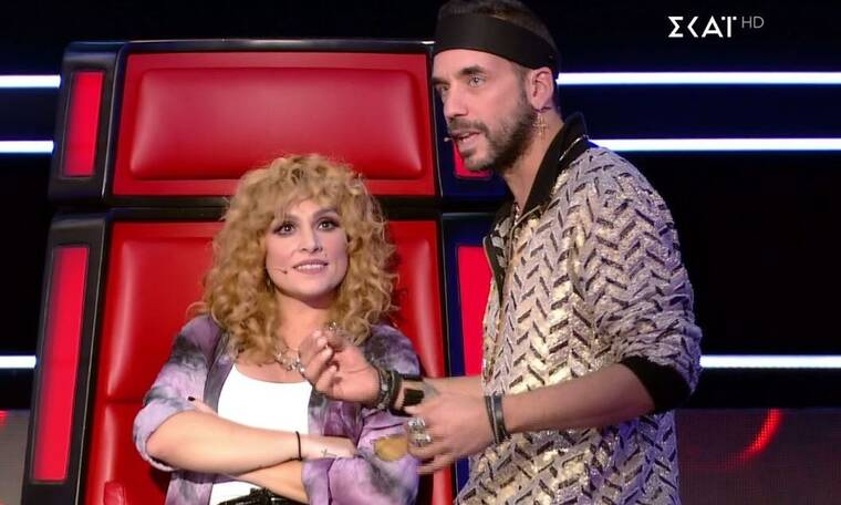 The Voice: Η Ζουγανέλη «έκλεψε» την παίκτρια του Μουζουράκη μετά από έναν απίστευτο διάλογο! (Video)
