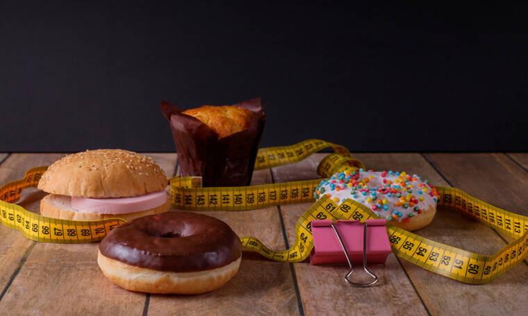 Κακή διατροφή: Τα 8 σημάδια που στέλνει το σώμα σας (φωτο)