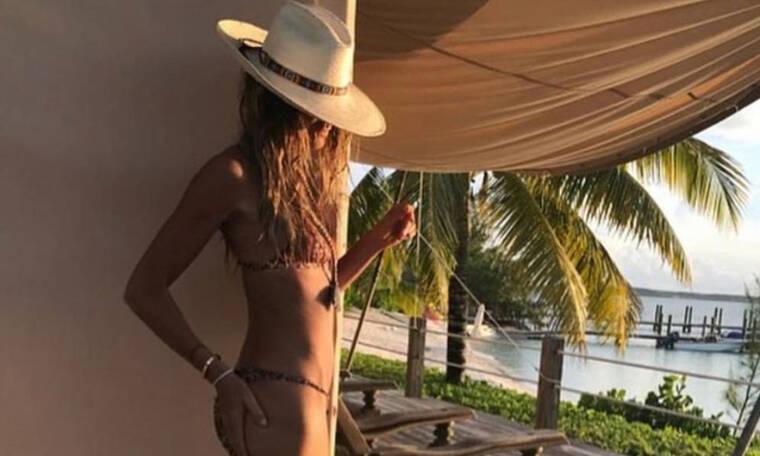 Μάντεψε σε ποια 55χρονη ηθοποιό και μοντέλο ανήκει το κολασμένο κορμί της φωτογραφίας