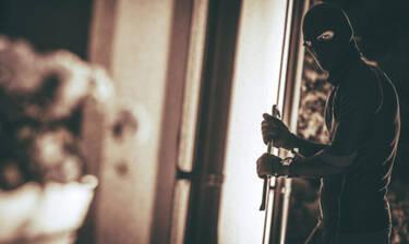 Πώς να προστατευτείτε από τους κλέφτες αν μένετε στον 1ο όροφο