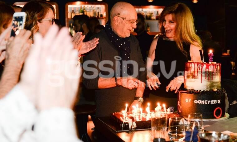 Πάνος Κοκκινόπουλος: Γιόρτασε τα γενέθλιά του με εντυπωσιακή τούρτα! Δεν πιστεύαμε πόσο χρονών έγινε