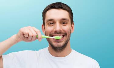 Τόσο καιρό βουρτσίζεις λάθος τα δόντια σου