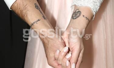 Ζευγάρι της showbiz παντρεύτηκε και τη μέρα του γάμου του μας έδειξε το κοινό τατουάζ του (Photos)