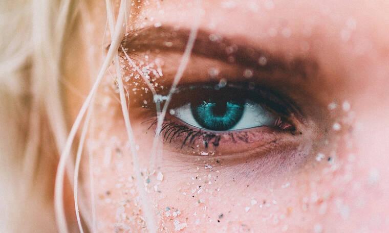 «Πώς θα αποκτήσω πυκνές βλεφαρίδες;» Δες τις 7 καλύτερες μάσκαρα