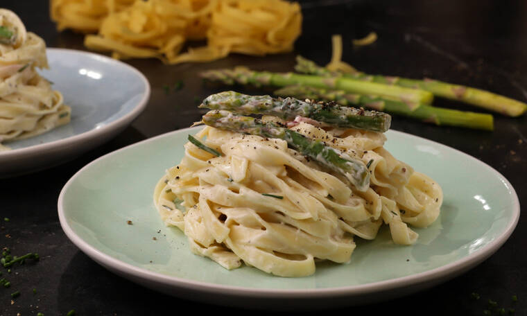 Ταλιατέλες με σπαράγγια- Θα λατρέψετε αυτή τη συνταγή