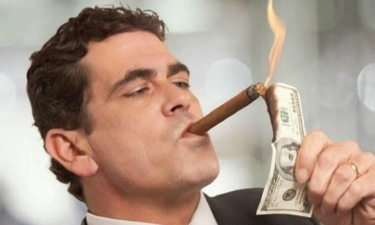 Δες τι έχει στην κατοχή του ο πιο πλούσιος άντρας στον κόσμο