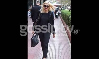 Ζέτα Δούκα: Βόλτα και ψώνια με total black look! (Photos)
