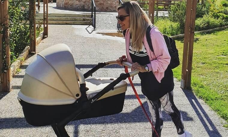 Βασιλική Μιλλούση: Θα πάθεις πλάκα αν δεις πώς είναι το σώμα της ένα μήνα μετά τη γέννα (Photos)