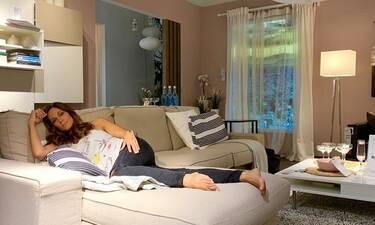 Έλλη Κοκκίνου: Θα πάθετε πλάκα με το σαλόνι του σπιτιού της όπου μας ξεναγεί μέσα από ένα βίντεο!
