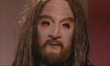 Λάμψη: Θυμάσαι ποιος κρυβόταν πίσω από τη μάσκα του «Ευλογητού»;