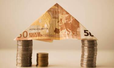 Έρχονται νέες αυξήσεις σε μισθούς και συντάξεις – Αναλυτικά τα ποσά (ΠΙΝΑΚΕΣ)