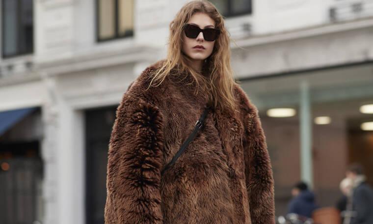 Οδηγός Αγοράς: 12 παλτό από συνθετική γούνα που θα σε κρατήσουν ζεστή τον Δεκέμβριο
