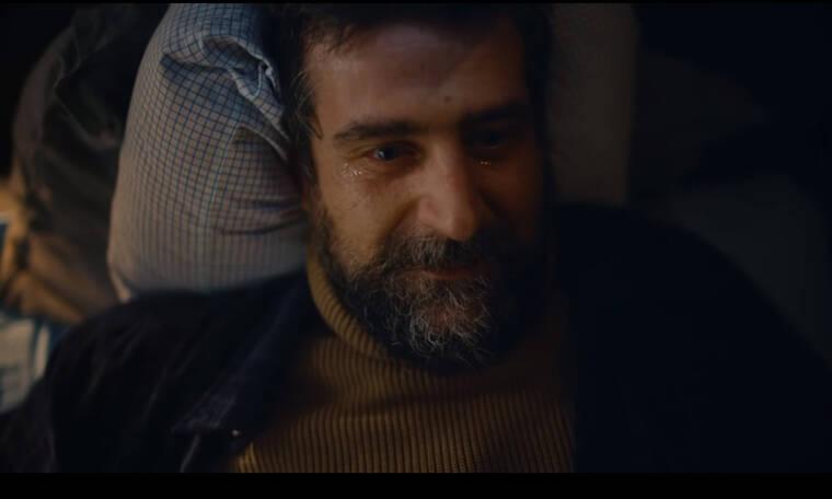 Δεν θα πιστεύετε ποιoς είναι ο ηθοποιός που υποδύεται τον ναυτικό σε Χριστουγεννιάτικη διαφήμιση