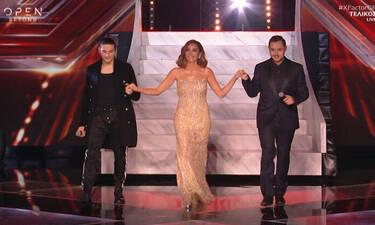 X Factor τελικός: H φαντασμαγορική έναρξη και η εκθαμβωτική Δέσποινα Βανδή (vid+pics)