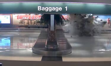 Πανικός σε αεροδρόμιο! Έκρηξη στην αίθουσα αποσκευών - Δεν φαντάζεστε τι έγινε! (video)
