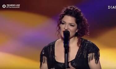 The Voice τελικός: Θα συγκινηθείς με την ερμηνεία της Ελπίδας Γαδ