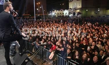 Γιώργος Σαμπάνης: Πλήθος κόσμου στη φαντασμαγορική Χριστουγεννιάτικη συναυλία του (Photos)