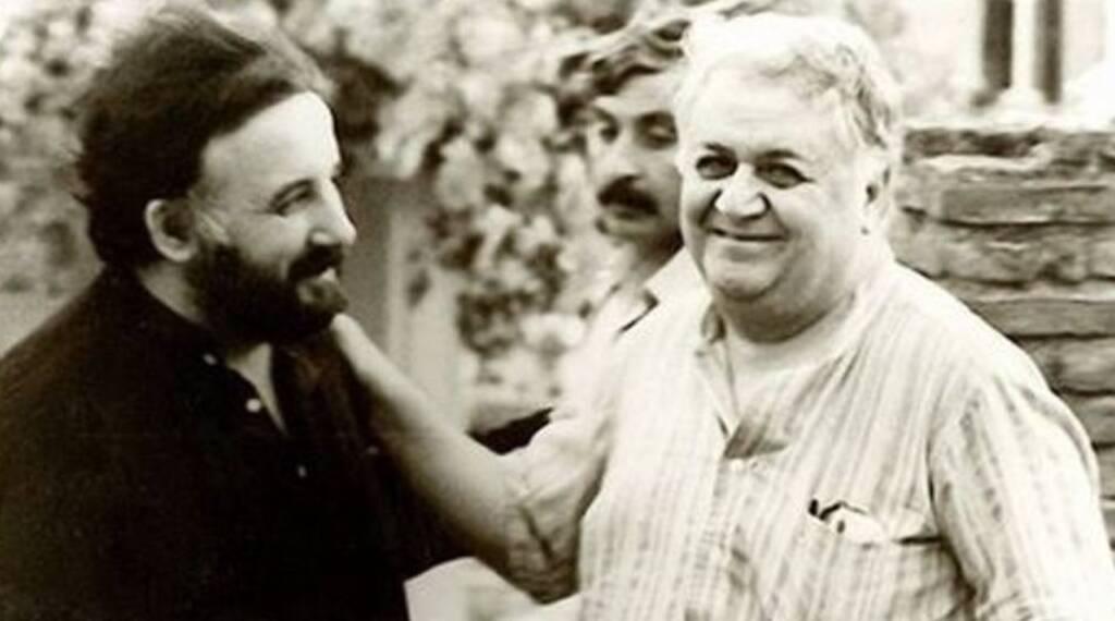 Ο Θάνος Μικρούτσικος με τον Μάνο Χατζηδάκι
