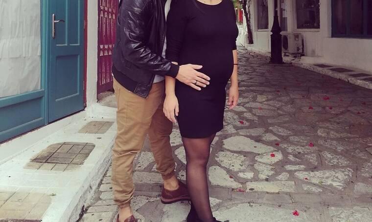 Είναι έγκυος και δεν το πήρε χαμπάρι κανείς - Έτσι έγινε γνωστή η είδηση της εγκυμοσύνης της! (Pics)