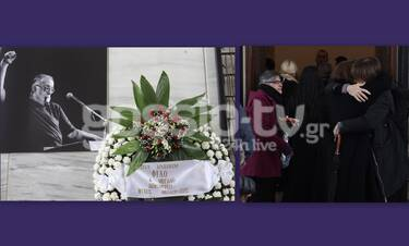 Κηδεία Μικρούτσικου:Σε λαϊκό προσκύνημα η σορός του- Συντετριμμένη η οικογένειά του (Photos & Video)
