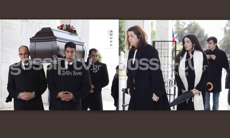 Κηδεία Μικρούτσικου: Ράγισαν καρδιές με τον επικήδειο λόγο της συζύγου του