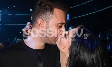 Πήγαν στον Μάστορα και άρχισαν τα φιλιά! (photos)