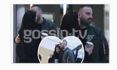 GNTM: Τρυφερά φιλιά και αγκαλιές για την Κέισι Μίζιου με τον σύντροφό της σε κοινή θέα! (photos)
