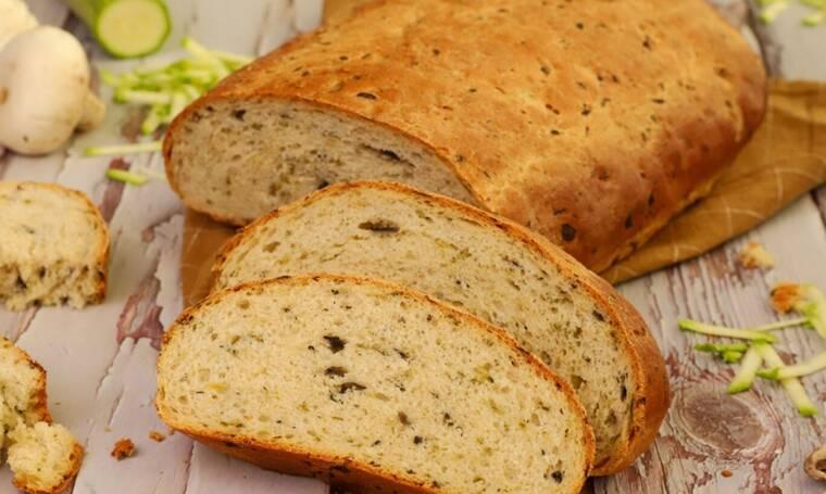 Ψωμί με μανιτάρια και κολοκύθια