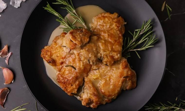 Μπούτι κοτόπουλου με δεντρολίβανο