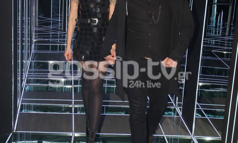 Σύζυγος πασίγνωστου ηθοποιού έκανε τη διαφορά σε ένα total black outfit  - Θα το ζηλέψεις  (Photos)