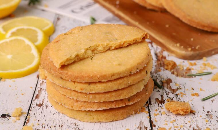 Μπισκότα με λεμόνι και δεντρολίβανο από τον Γιώργο Τσούλη