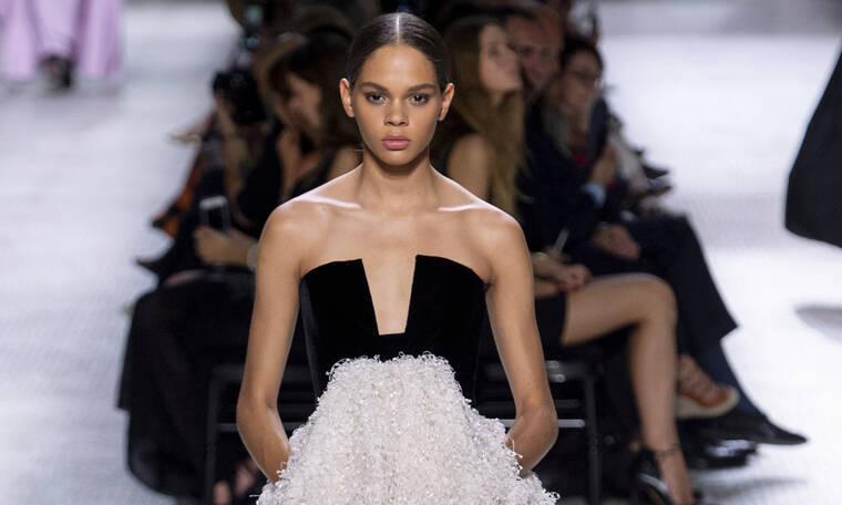 Τα απόλυτα ασπρόμαυρα φορέματα που θα σε κάνουν να τραβήξεις τα βλέμματα σε κάθε σου εμφάνιση