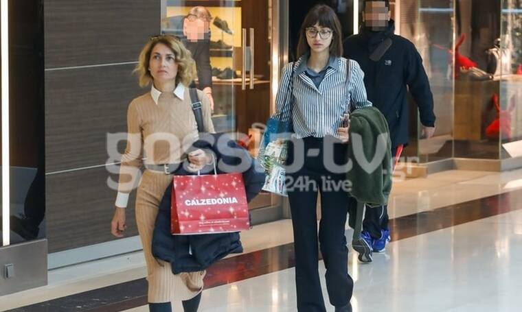 GNTM: Το παιχνίδι τελείωσε, οι βόλτες συνεχίζονται! Η Ελευθερία για ψώνια με τη μαμά της! (Photos)