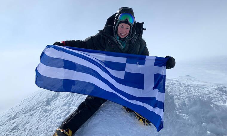 H Χριστίνα Φλαμπούρη τα κατάφερε! - Η πρώτη Ελληνίδα που πετυχαίνει το «7 Summits» (Photos)