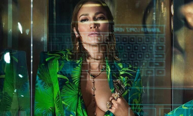 Με αυτή τη φωτογραφία της Jennifer Lopez στο κρεβάτι θα λιώσεις!