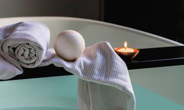 Κάνε το μπάνιο σου να μοιάζει με χαλαρωτικό spa ακολουθώντας αυτές τις 10 συμβουλές