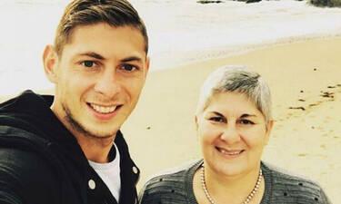 Σπαρακτικό μήνυμα από τη μητέρα του Σάλα: «Είμαι σαν πεθαμένη, ενώ ζω...»