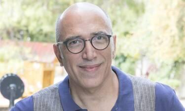 Χάρης Γρηγορόπουλος εξήγησε γιατί θα τον δούμε λίγο ως «Τρελαντώνη» στο Καφέ της Χαράς