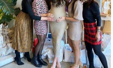 Απίστευτο! Ανακοίνωσε ότι γεννά και ουδείς ήξερε για την εγκυμοσύνη της