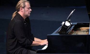 Στέφανος Κορκολής: Το νέο του τραγούδι (video)