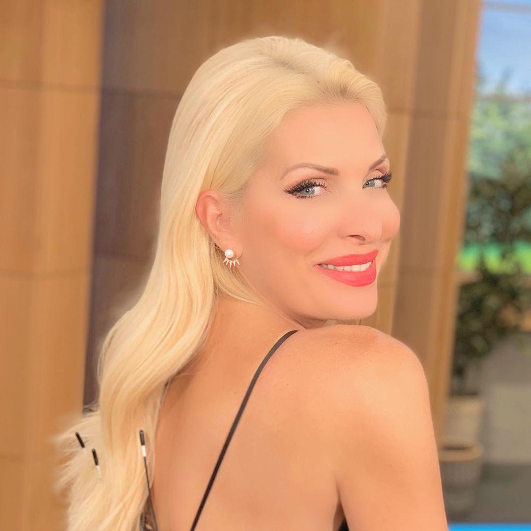 Η ωραία Ελένη της ελληνικής τηλεόρασης!