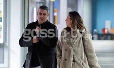 Κώστας Πηλαδάκης: Με την σύντροφό του στο αεροδρόμιο – Όλες οι φωτογραφίες (photos)