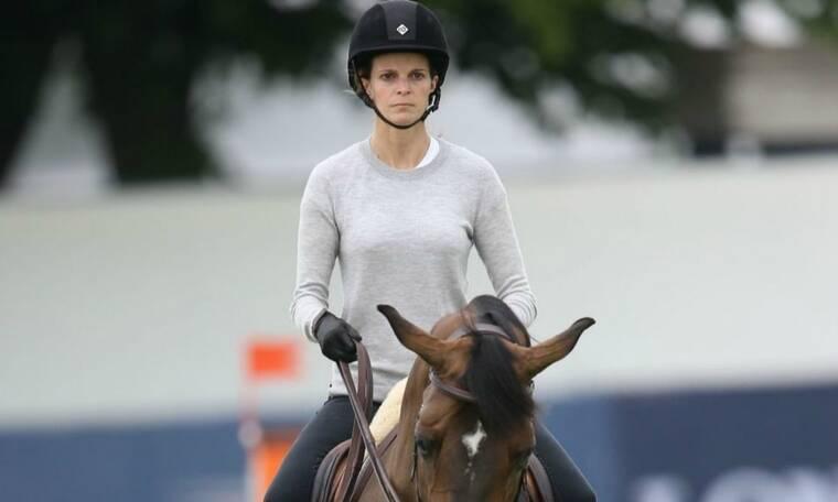 Αθηνά Ωνάση: Η «χρυσή» κληρονόμος αγόρασε για τα γενέθλιά της ακόμη ένα άλογο (photos)